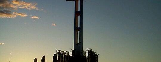 Mt Soledad Veterans Memorial is one of Favorite Haunts Insane Diego.