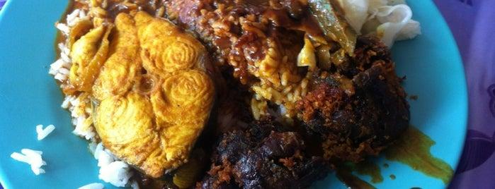Zainul Nasi Kandar is one of KL Cheap Eats.