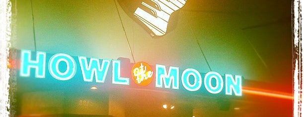 Howl At The Moon is one of I DRIVE PUB CRAWL.