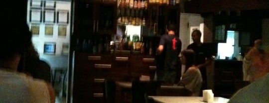 Bar Central is one of  Recomendo.