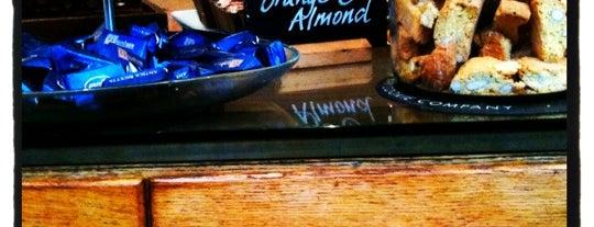 Minkies Deli is one of London Breakfast.
