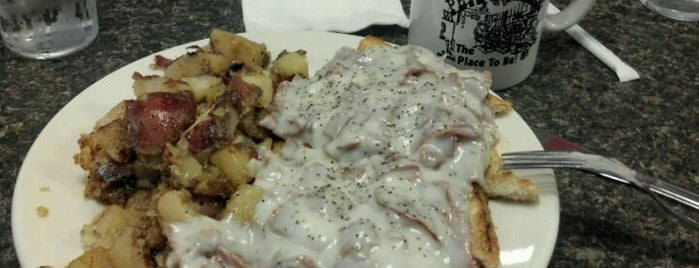 Pete's Grille is one of Best of Baltimore - Diners.