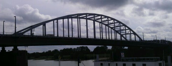 John Frostbrug is one of Bridges in the Netherlands.