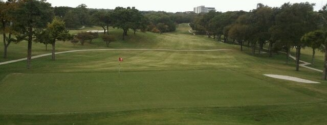 Stevens Park Golf Course is one of * Gr8 Golf Courses - Dallas Area.