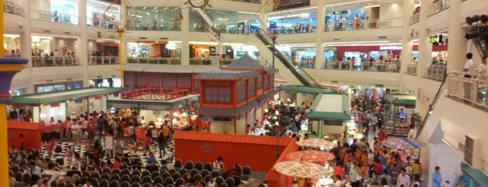 Seacon Square is one of Top picks for Food and Drink Shops.