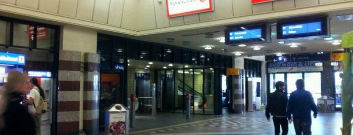 Berlin Zoologischer Garten Railway Station is one of Berlin And More.