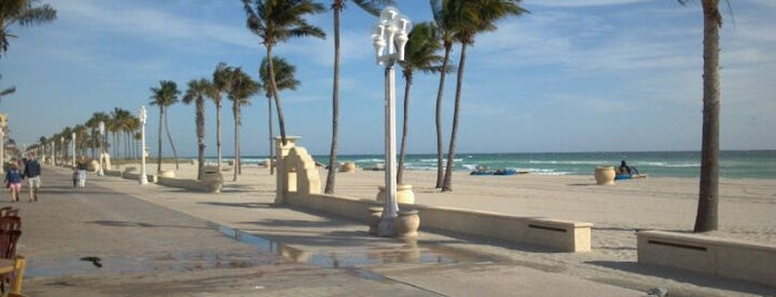Hollywood Beach Boardwalk is one of Must Do for First Timers #VisitUS.