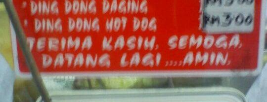 Burger Mat Salai is one of makan @ KL #16.