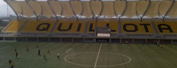 Estadio Bicentenario Lucio Fariña Fernández is one of Estadios.