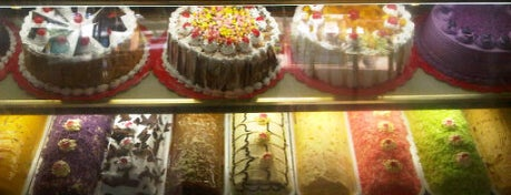 Maristel's Cakes And Cuddles is one of Foodspotting Tuguegarao.