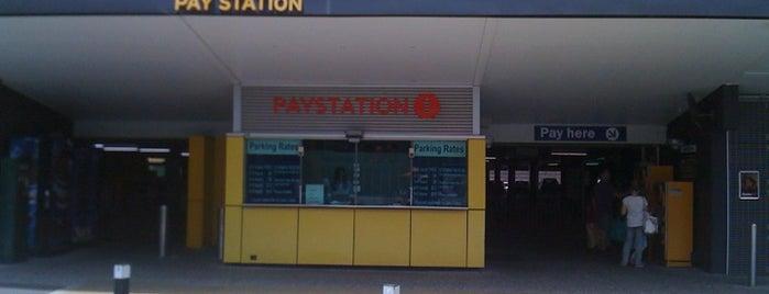 Entertainment Quarter Car Park is one of The Entertainment Quarter.