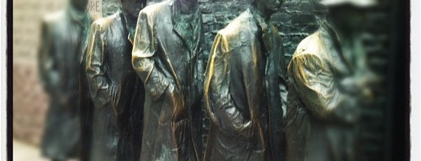 Franklin Delano Roosevelt Memorial is one of DMV Landmarks.