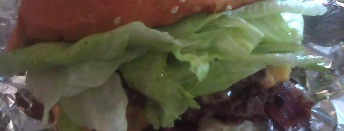 Z Burger is one of District of Burgers.