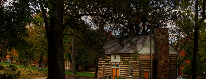 Pioneer Log Cabin is one of Campus Tour.
