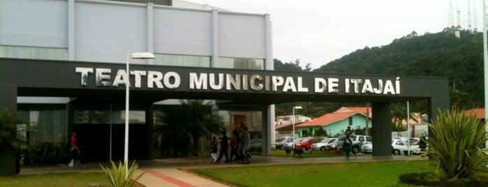 Teatro Municipal de Itajaí is one of Itajaí.
