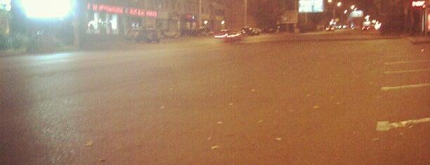 Kazbegi Avenue | ყაზბეგის გამზირი is one of Streets.