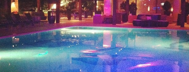 H2O Pool + Lounge is one of Amman.