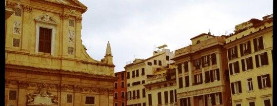 Piazza Matteotti is one of √ Best Tour in Genova.