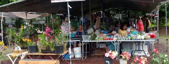 Makuu Farmers Market is one of Hawaii.