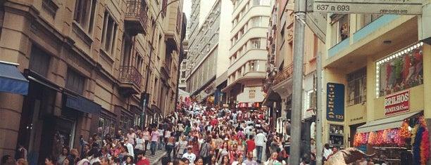 Rua 25 de Março is one of 100+ Programas Imperdíveis em São Paulo.