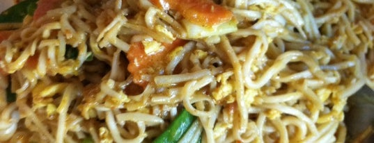 Amarit Thai Restaurant is one of Best Thai Food in the South Loop.