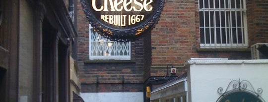 Ye Olde Cheshire Cheese is one of London.