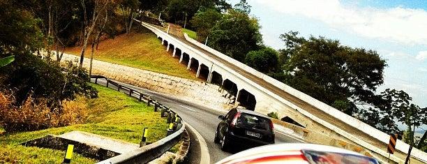 Serra das Araras is one of Ruas e Cidades.