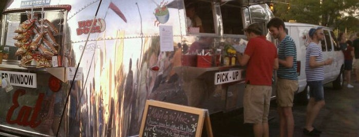 Mabel On The Move is one of Indy Food Trucks.