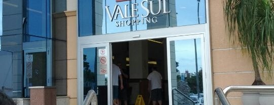 Vale Sul Shopping is one of muito bom.;.