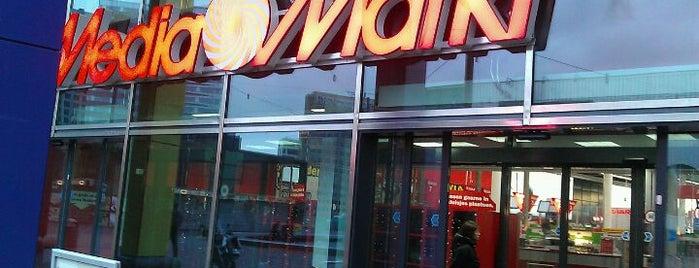Media Markt is one of Winkels.