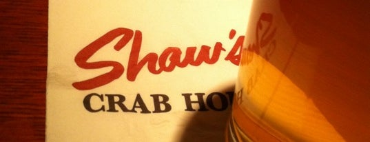 Shaw's Crab House is one of Lettuce Entertain You Restaurants.