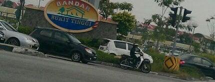 Bukit Tinggi - Bandar Botanic Intersection is one of Highway & Common Road.