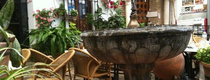 Los Patios is one of Donde comer y dormir en cordoba.