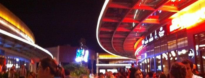 Newcastle is one of EN FAVORİ MEKANLAR!!!!!!!!!.