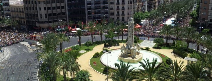 Plaza de Los Luceros is one of Alicante urban treasures.