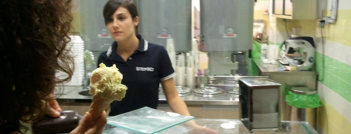 Gelateria Stefino is one of Vegan in Sardegna.