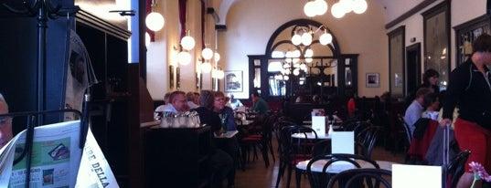 Cafe-Restaurant Griensteidl is one of StorefrontSticker #4sqCities: Vienna.