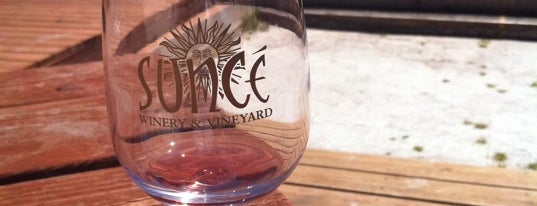 Sunce Winery is one of Wine Road Picnicking- al Fresco Perfetto!.