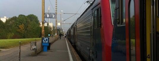 Bahnhof Nänikon-Greifensee is one of Bahnhöfe.