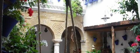 Casa-Patio de la calle Frailes, 6 is one of Patios de la Zona San Lorenzo.