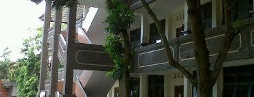 SMK Negeri 1 Denpasar is one of SMA/SMK Denpasar.