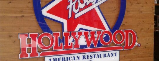 Foster's Hollywood is one of Lugares chandlerianos para comer.