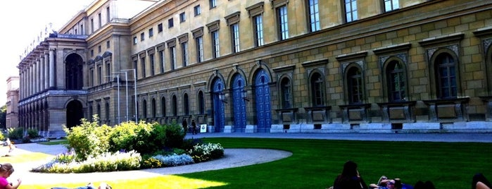 Hofgarten is one of Munich And More.