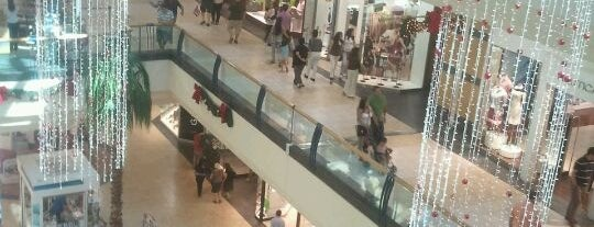 Mall Florida Center is one of Lugares :).
