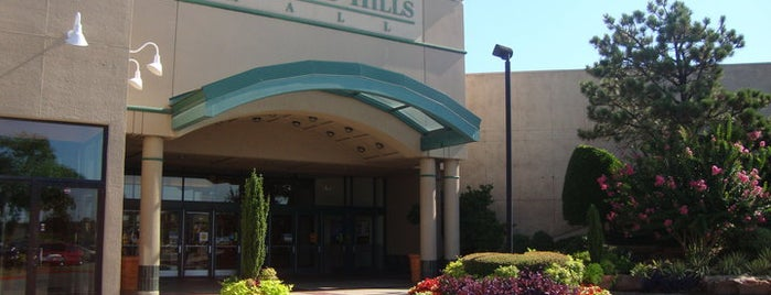 Woodland Hills Mall is one of Tulsa.