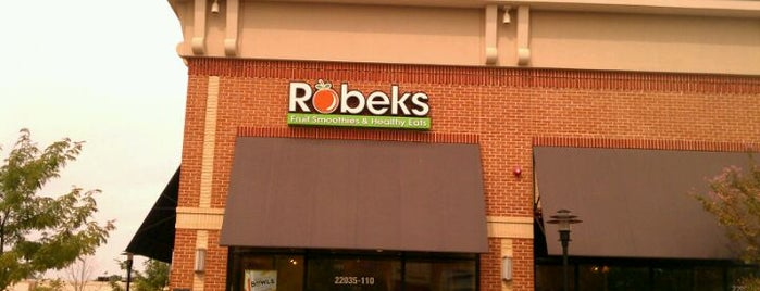 Robeks Fresh Juices & Smoothies is one of Restaurant.