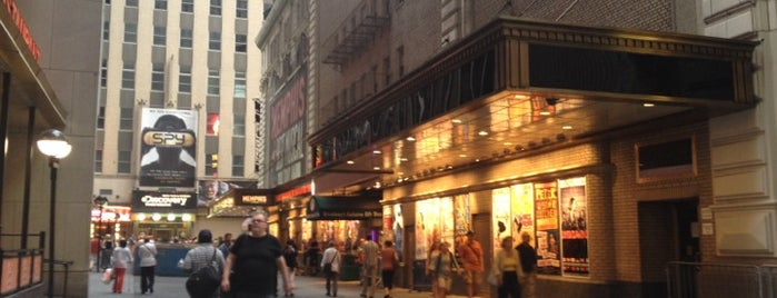 Shubert Alley is one of Ferias USA 2012.