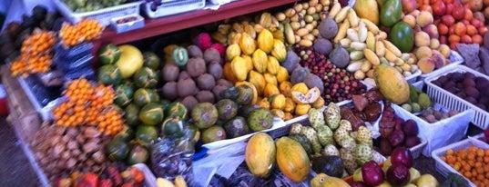 Mercado N°1 de Surquillo is one of Always Gourmet PERU, comer em Lima.