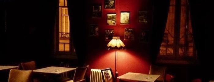 Era Uma Vez em Paris is one of Funky Porto.