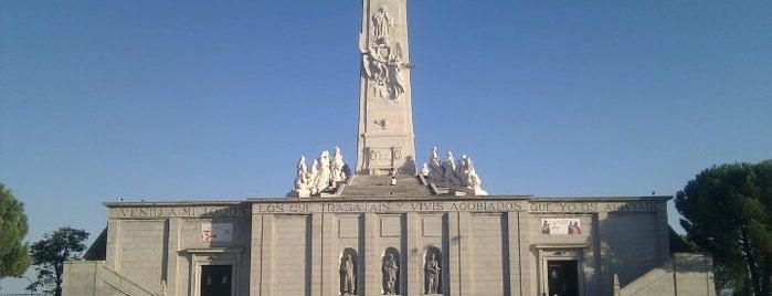 Cerro de los Ángeles is one of Conoce Madrid.